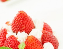 Cook Time:  40-50 min ————————————————————————- INGREDIENTS: 1 cup miniature marshmallows 2 10 oz packages of frozen sliced strawberries in syrup, thawed 1 3 oz package of strawberry flavored gelatin 2¼ cups […]